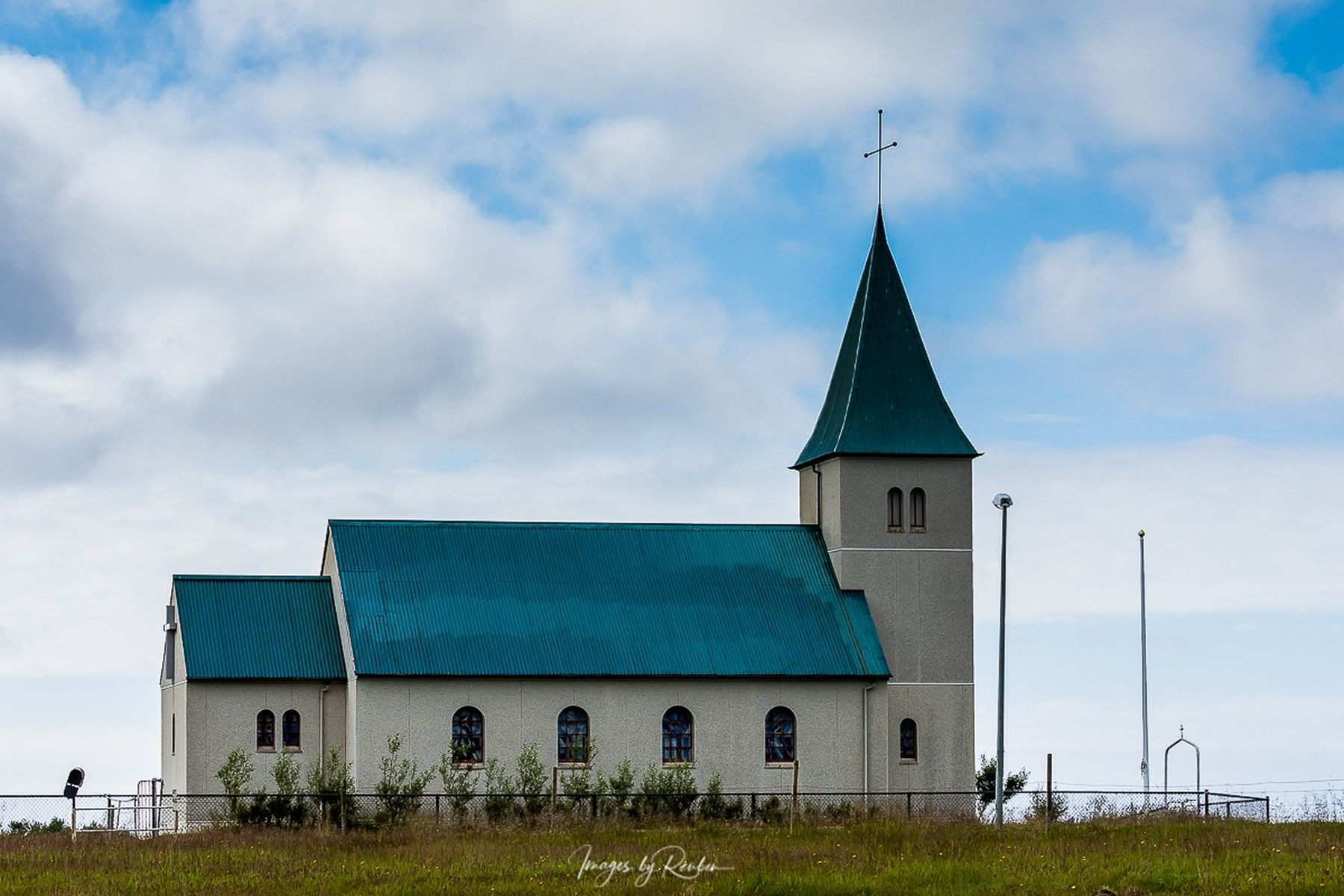 iceland-churches-46024214
